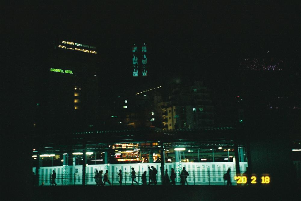 YASHICA400(フィルム)が夜にぴったりすぎてヤバい